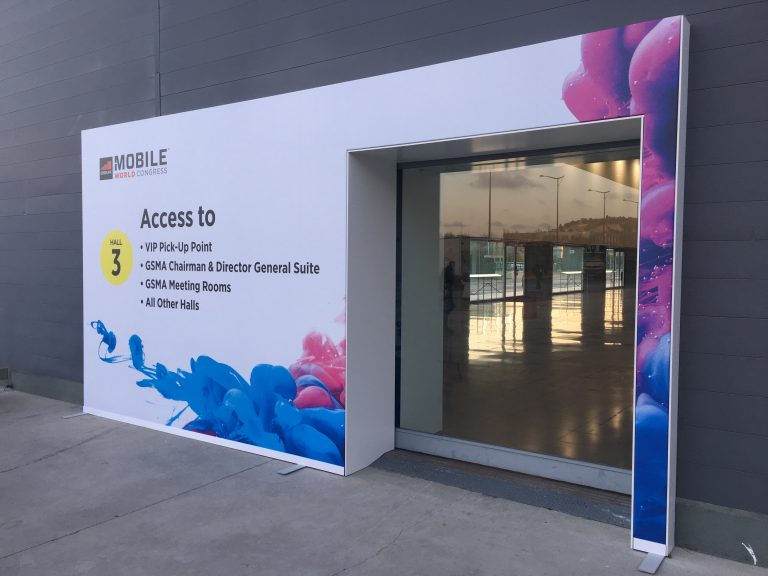 1 outdoor sign at Fira de Barcelona to indicate entrance hall 3 during Mobile World Congress MWC